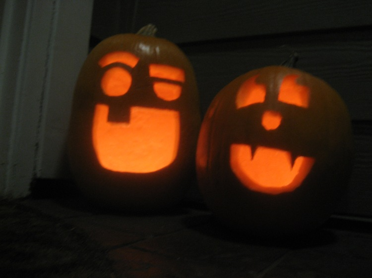 Pumpkin Carving_Halloween_Vampire