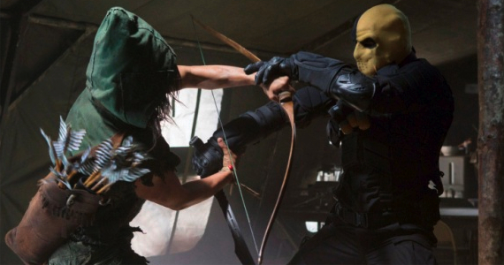 Arrow_The CW_S1E5 Damaged_Deathstroke and Hooded Man