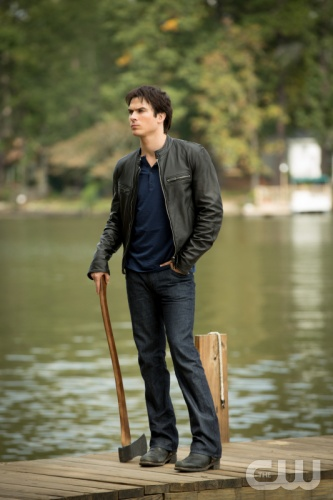 The Vampire Diaries_The CW_S1E9_O Come All Ye Faithful_Damon at the Lake