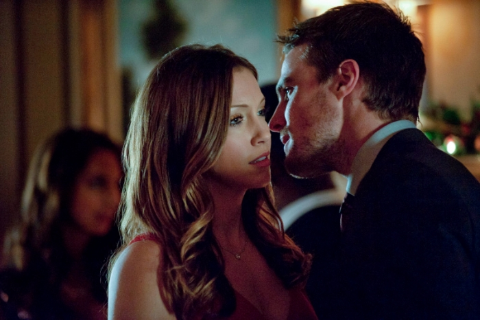 Arrow_The CW_S1E9 A Year's End_Laurel and Oliver