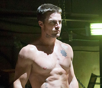 Arrow_S1E8_Vendetta_The CW_Oliver with no shirt