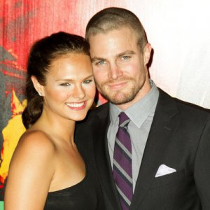 Stephen Amell Married_Cassandra Jean